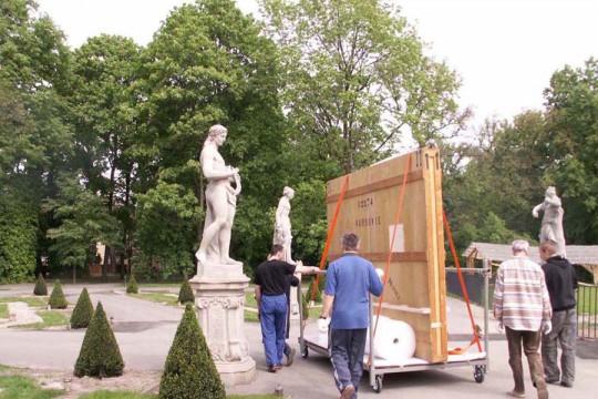 31_kons_transport_skrzynia_portret_konny_kostki_potockiego