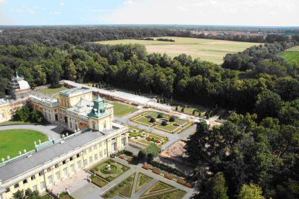 44_widok znad ogrodu pałacu w wilanowie na pola morysińskie w kierunku północno-wschodnim.jpg