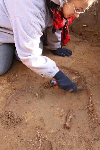 archeolog_pochówek wczesnosredniowieczny.jpg