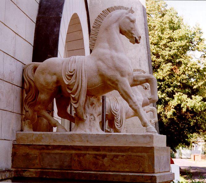 konie-Muzeum-Plakatu.jpg