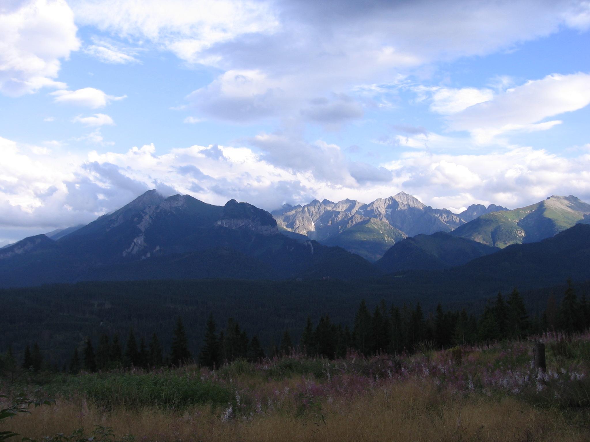Tatra_mountains_view_from_glodowka.JPG