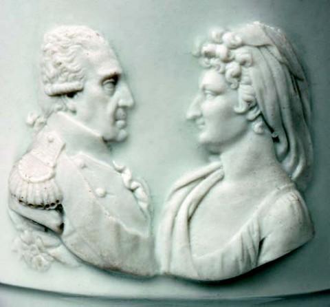 Filiżanka z popiersiem króla Fryderyka Augusta I i jego żony Marii Amalii Augusty _para.jpg
