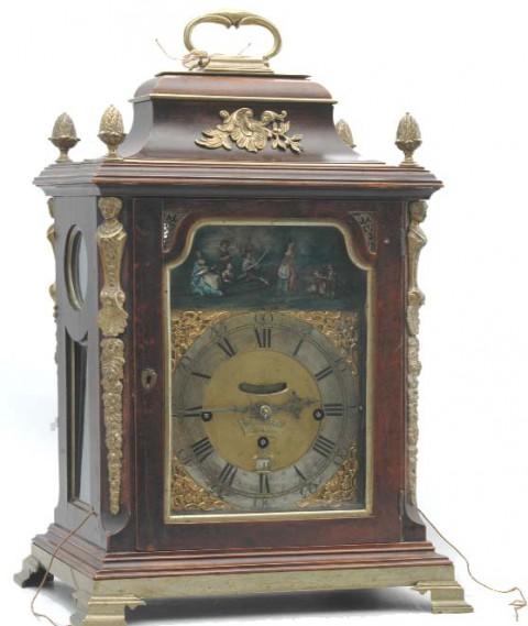 Zegar stołowy szafkowy .jpg
