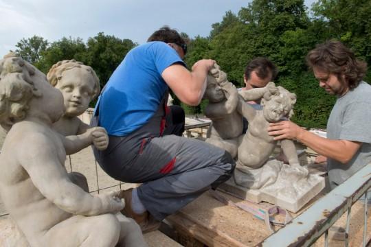 Demontaż rzeźb Redlera, foto W. Holnicki.jpg