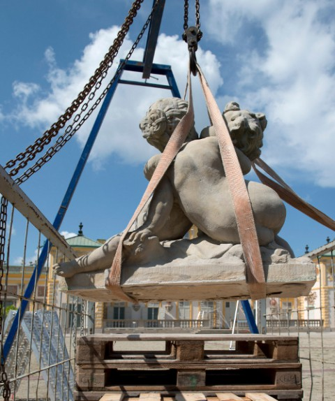 Demontaż rzeźb Redlera, fot. W. Holnicki.jpg