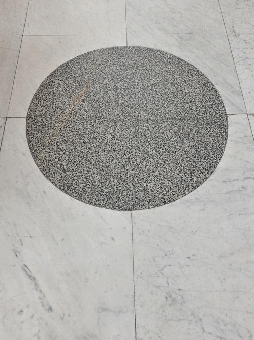 Kamienne posadzki_Lapidarium_C53079_fot_Z_Reszka.jpg