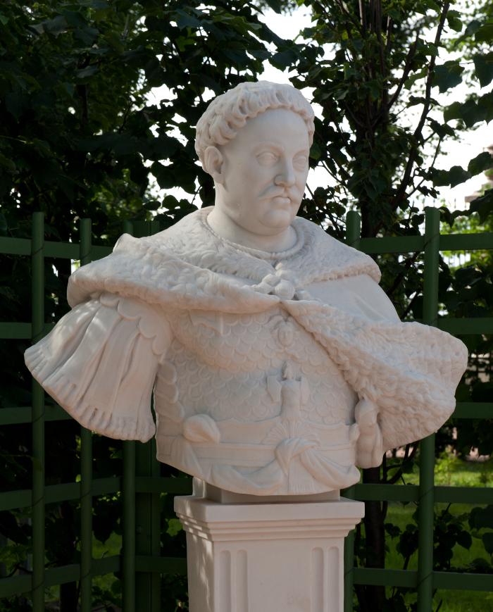 Popiersie Jana III -  popiersia portretowe pary królewskiej.jpg