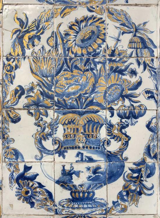 panel_kwiatowy_z_gabinetu_farfurowego_fot_z-reszka.jpg