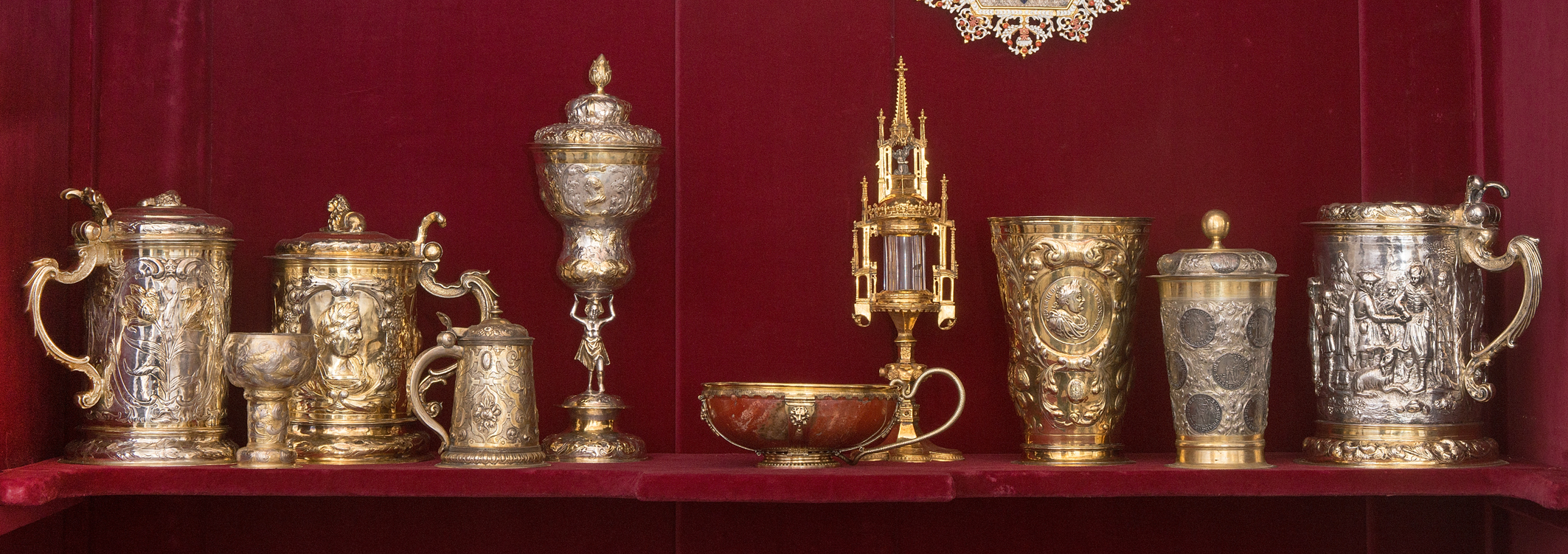 Puchary i kufle - Antykamera Królowej
