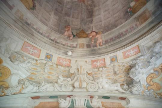 Fragment dekoracji malarskiej w Pokoju Cichym po zakończonych pracach konserwatorskich, fot. W. Holnicki.jpg