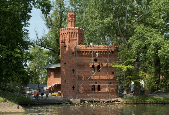 Prace konserwatorskie i remontowe w budynku Pompowni, faza końcowa, fot. W. Holnicki.jpg