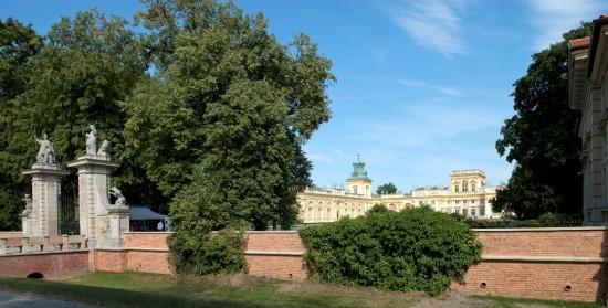 Mur oporowy po zakończonych pracach konserwatorskich, fot. W. Holnicki.jpg