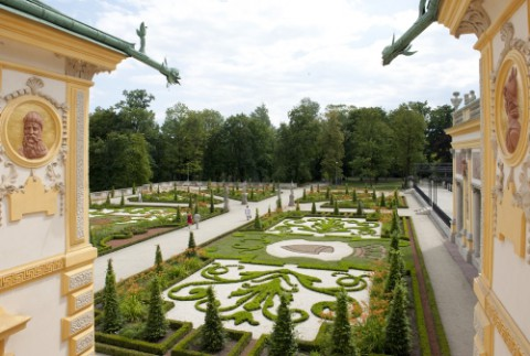 7. Ogród barokowy na tarasie górnym.jpg