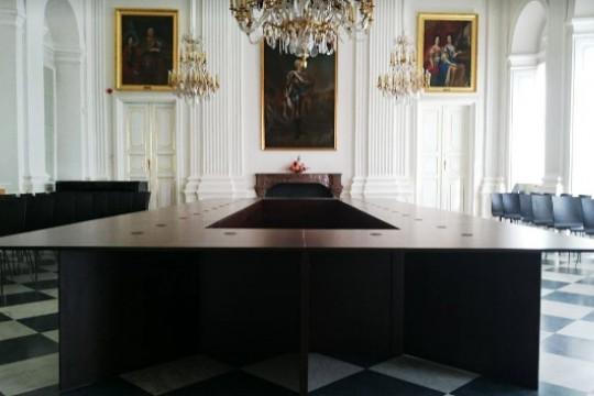 stół_konferencyjny_2.jpg