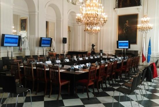 stół_konferencyjny_1.jpg