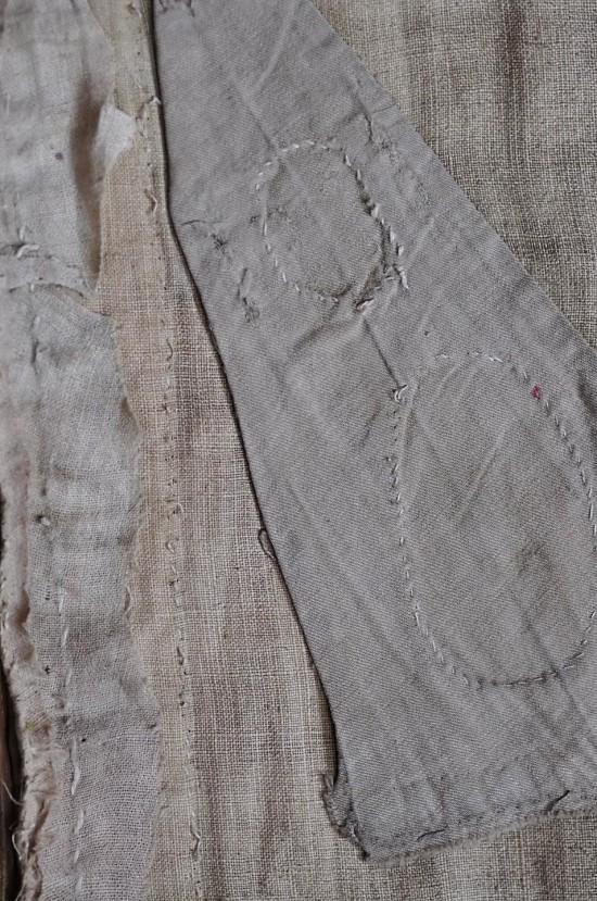 Wtórna lniana podszewka kapy z późniejszymi naprawami, fot. B. Kalfas.