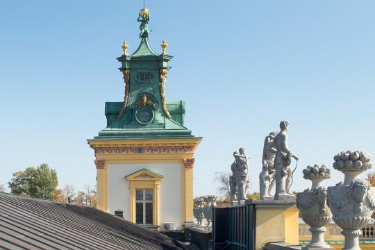Dach nad półncnym skrzydłem pałacu po remoncie, fot. Zbigniew Reszka, Muzeum Pałacu Króla Jana III w Wilanowie (02).jpg