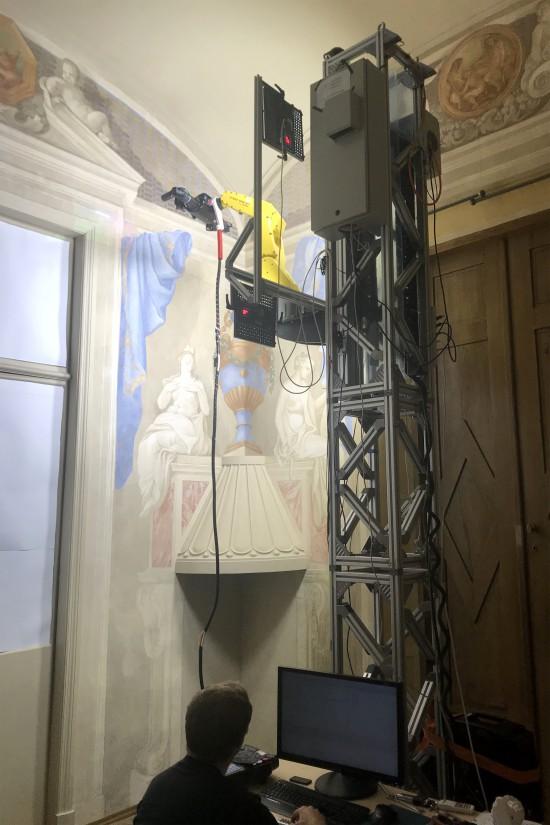 Skanowanie Gabinetu Al Fresco w pałacu wilanowskim, fot. Eryk Bunsch, Muzeum Pałacu Króla Jana III w Wilanowie.jpg
