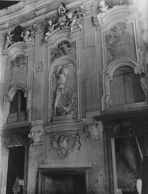 Dekoracja pałacu w Łubnicach