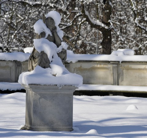 zima, park, rzeźba, śnieg.jpg