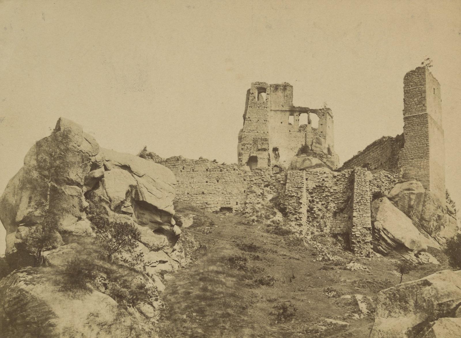 Ruiny zamku Kamieniec w Odrzykoniu