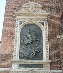 Tablica upamiętniająca odsiecz Wiednia na Kościele Mariackim w Krakowie