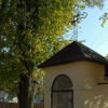 Kapliczka przy kościele podominikańskim w Wielkich Oczach, fot. J. Mazur